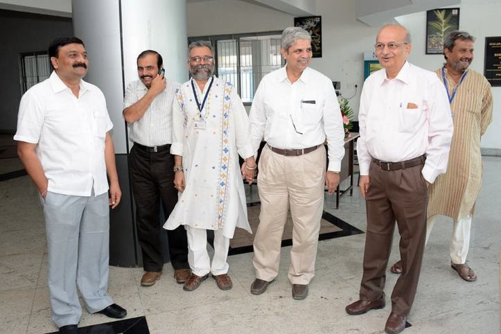 Dr Anup Thakar and eminent professors at the Ayurvedic University of Gujarat (India)
